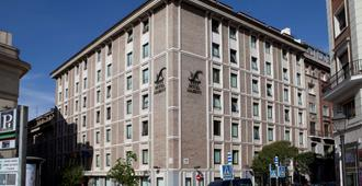 Hotel Liabeny - Madrid - Edificio