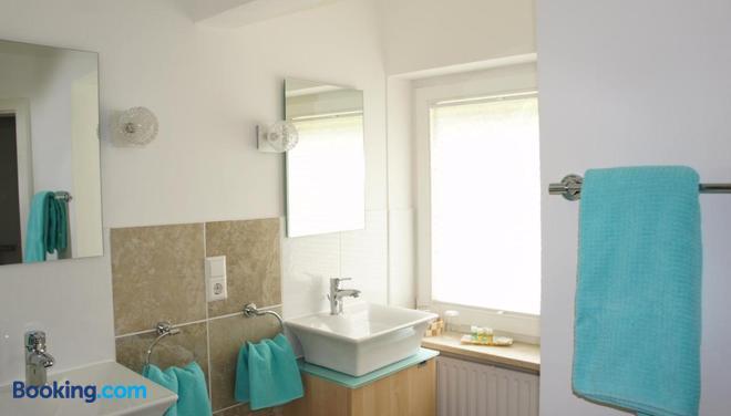 Park Ambiente Friedberg - Friedberg (Bavaria) - Bathroom