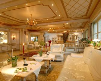 Best Western Hotel Rhoen Garden - Poppenhausen - Lounge