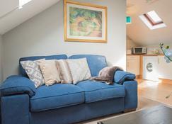 Cork City Centre Self Catering Apartment - Cork - Living room