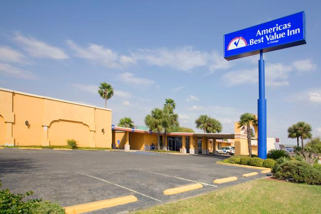Americas Best Value Inn Laredo - Laredo - Gebouw
