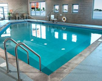 Pier B Resort - Duluth - Pool