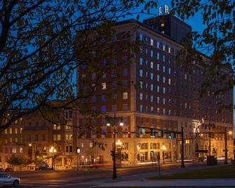 Renaissance Albany Hotel - Albany - Building