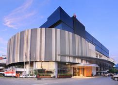 Swiss-Belhotel Cirebon - Cirebon - Κτίριο