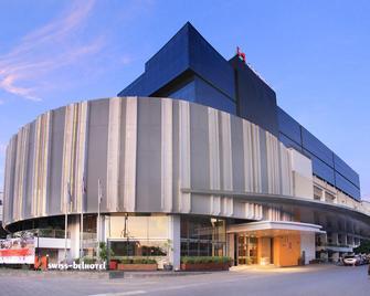 Swiss-Belhotel Cirebon - Cirebon - Building