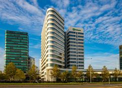 Holiday Inn Amsterdam - Arena Towers - Amsterdam - Gebouw