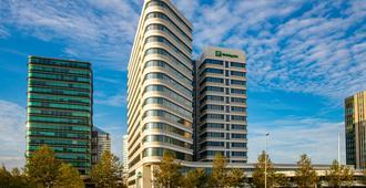 Holiday Inn Amsterdam - Arena Towers - אמסטרדם - בניין