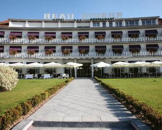 Hôtel Beau Rivage - Жерарме - Building