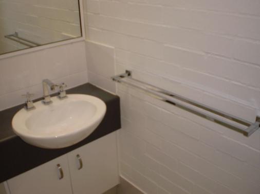 Bargara Shoreline Serviced Apartments - Bargara - Bathroom