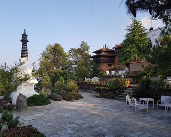 The Fort Resort - Nagarkot - Binnenhof