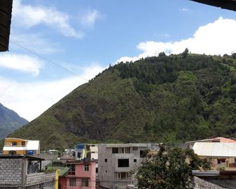 Hostal Transilvania - Baños (Tungurahua) - Outdoors view