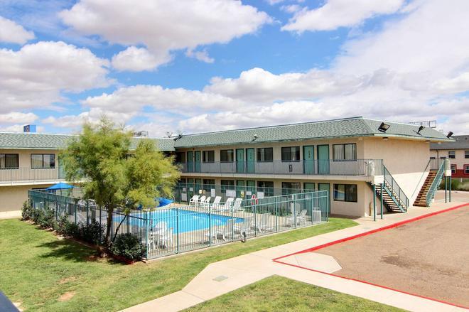 Motel 6 Tucumcari - Tucumcari - Rakennus