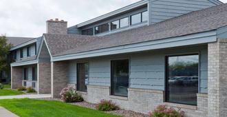 AmericInn by Wyndham Rice Lake - Rice Lake - Edificio