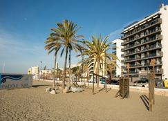 Apartamentos Fuengirola Playa - Фуенхірола