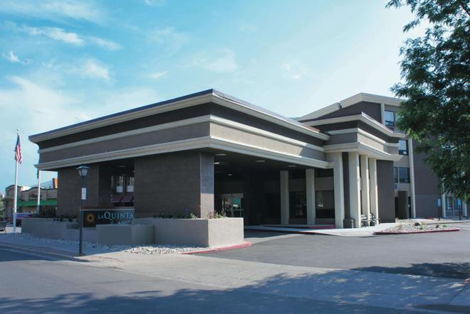 La Quinta Inn & Suites by Wyndham Glenwood Springs - Glenwood Springs - Rakennus