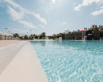 Natural Village Resort - Potenza Picena - Pool