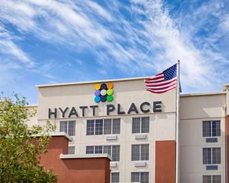 Hyatt Place Columbus-North - Columbus - Building