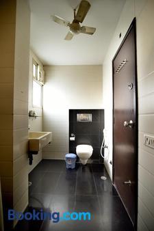 Crystal Inn - Āgra - Phòng tắm