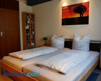 Apartment Grunbach - Weinstadt - Slaapkamer
