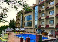 Nork Residence Hotel - Ereván - Edificio