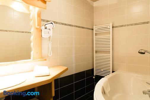 Hôtel Le Sporting - Morzine - Bathroom