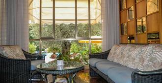 Hotel Continental - Garda - Living room