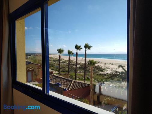 Beach Hotel Dos Mares - Tarifa - Balcony