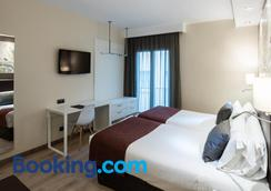 Catalonia Castellnou - Barcelona - Bedroom