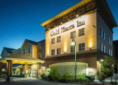 Gold Miners Inn Ascend Hotel Collection - Grass Valley - Building