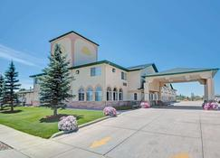 Days Inn by Wyndham Laramie - Laramie - Rakennus