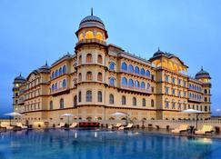 Hotel Noormahal - Karnal - Gebäude