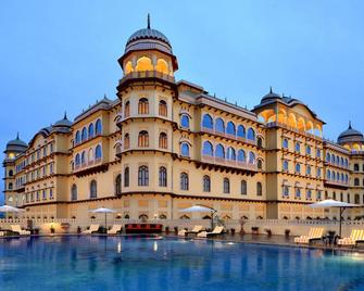 Hotel Noormahal - Karnal - Будівля