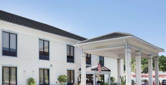 Baymont by Wyndham Savannah/Garden City - Savannah