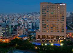 The Westin Hyderabad Mindspace - Hajdarábád - Restaurace
