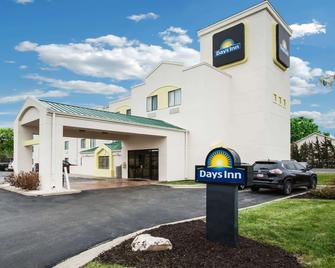 Days Inn by Wyndham Blue Springs - Blue Springs - Gebäude