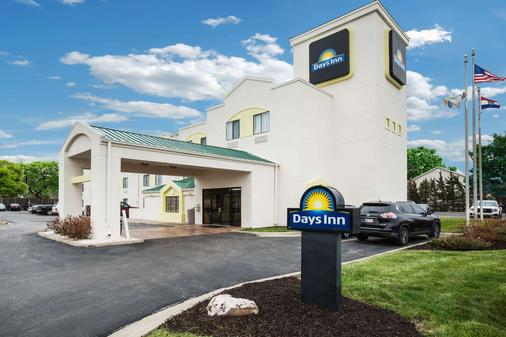 Days Inn by Wyndham Blue Springs - Blue Springs - Building