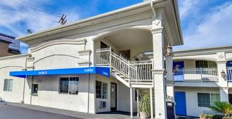 Motel 6 Garden Grove CA - Garden Grove - Gebäude