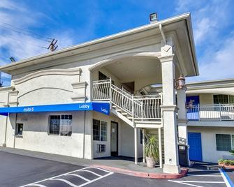 Motel 6 Garden Grove CA - Garden Grove - Edificio