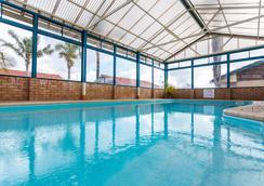 Sleepwell Motel - Albany - Pool