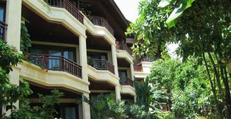 Nora Beach Resort and Spa - Koh Samui