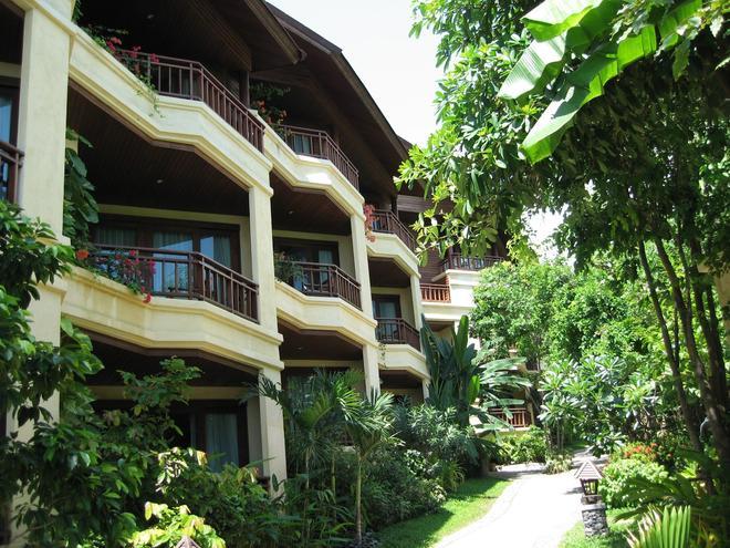 Nora Beach Resort and Spa - Ko Samui - Building