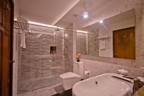 諾拉海灘度假村 - 蘇梅島 - 蘇梅島 - 浴室
