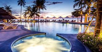 Nora Beach Resort and Spa - קו סאמוי - בריכה