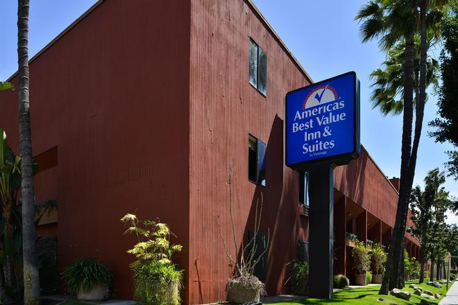 Americas Best Value Inn & Suites Los Angeles Downtown Sw - Los Angeles - Rakennus