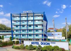 Hotel Dixon - Banská Bystrica - อาคาร