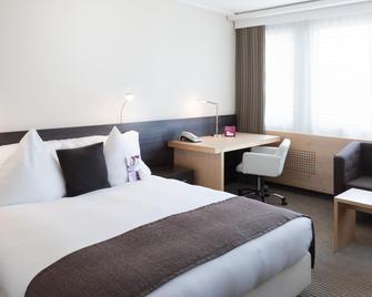 Crowne Plaza Zurich - Zurich - Bedroom