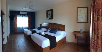 Hotel Angra - Loreto (Baja California Sur)