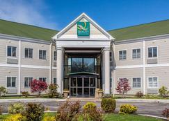 Quality Inn & Suites Middletown - Newport - Middletown - Rakennus