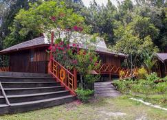 Borneo Escape - Eco Village - Palangkaraya