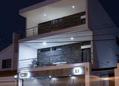 Apartamentos Torre II Condominios - Mazatlán - Edificio